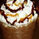 Кофе мокко с ванильными сливками