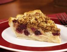 Пирог из клюквы и яблок