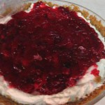 Пирог из клюквы с добавление сливочного сыра