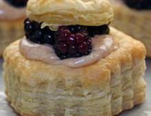 Пирог с ежевикой рецепт из слоёного теста