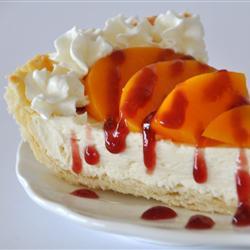 Пирог с персиками консервированными и малиновым джемом