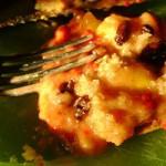 Пирог с персиками консервированными и малиной