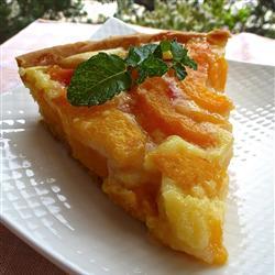 Пирог с персиками и сметаной