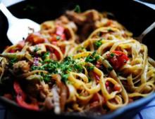 1 Обжаренная курица со спагетти
